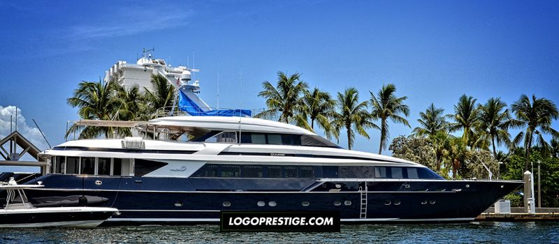 Yacht et événements de luxe : faites appel à un graphiste